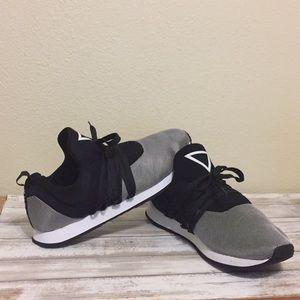 Guess Lightweight Sneaker